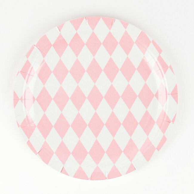paper plates - light pink diamonds