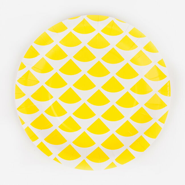 paper plates - lemon triangles